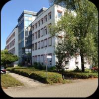 1_Firmengebäude